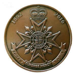 "The reverse design depicts the Voltigeurs coat of arms with the dates ""1862"" (when the regiment was formed) and ""2016"" around the top. (Photo by Artisans du Passage)"
